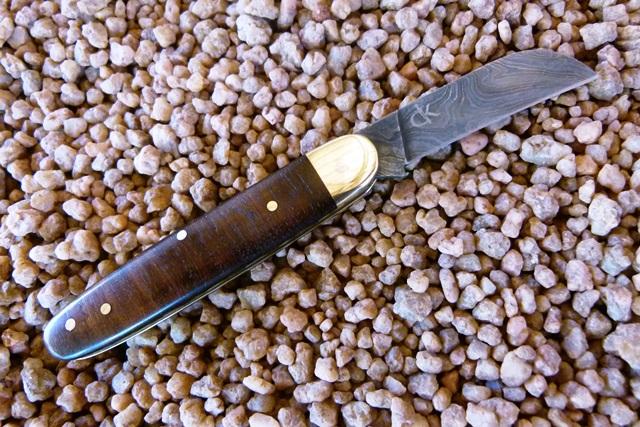 kappetijn-biltong-folder--damascus-blade-with-rosewood